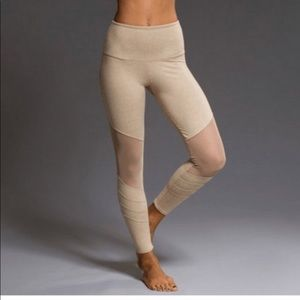 Onzie Tan Legging with mesh panel size S/M